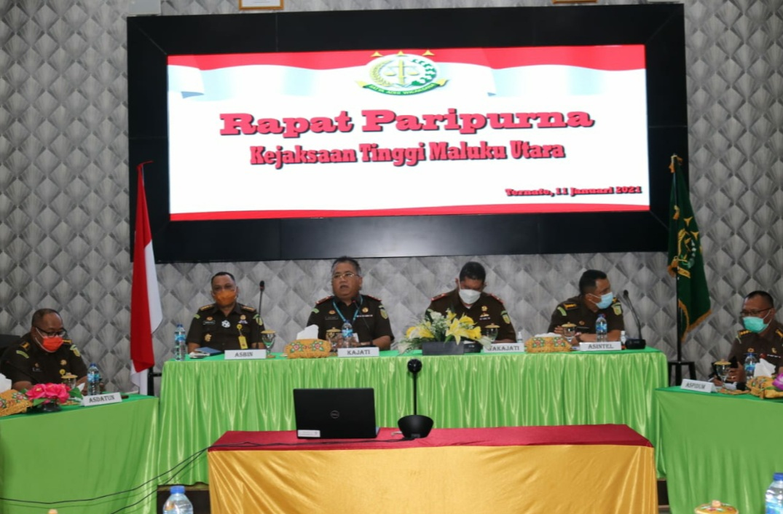 Pimpin Rapat Paripurna, Kajati Malut Beserta Jajarannya Mantapkan 7 Arahan Jaksa Agung
